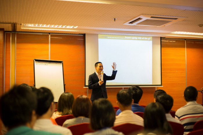 Ông Nguyễn Mạnh Tưởng chia sẻ về các giải pháp cho doanh nghiệp SME