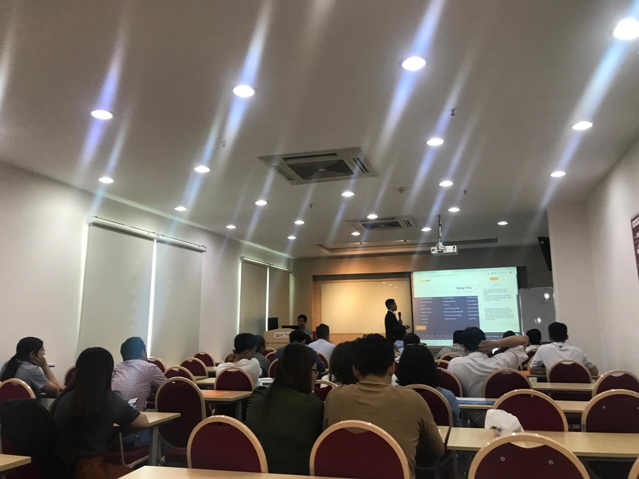 Chia sẻ của diễn giả tại sự kiện xu hướng quản trị khách hàng 2019