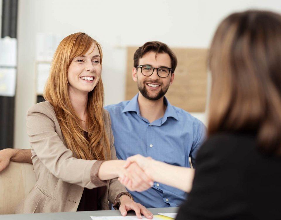 cách xây dựng mối quan hệ với khách hàng